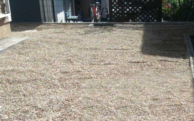 砂利敷きのデメリット